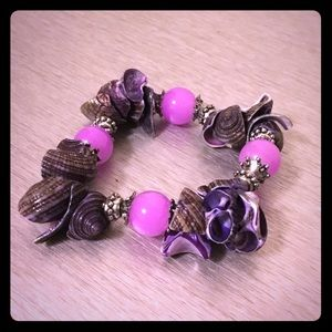 Jewelry - Unique Seashell Stretch Bracelet